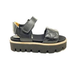sandalo nero 2021
