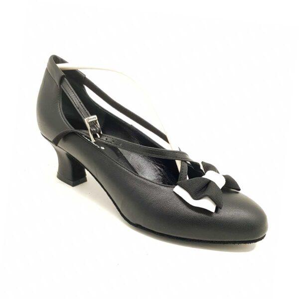 scarpe da ballo con tacco basso